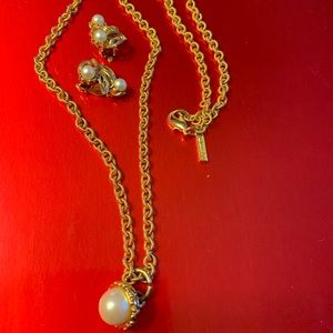 Vintages Earring And Golden Chain
